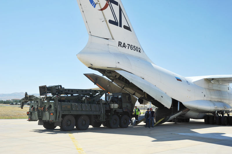 Turkey says it bought Russian S-400s to use them, not put them aside B