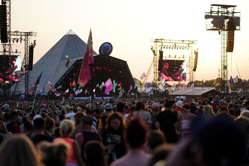 Love Mud Do - McCartney to headline 50th Glastonbury Festival By Reute