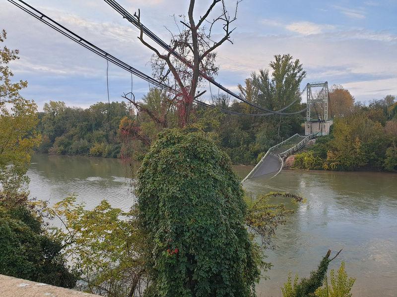 Pont effondré en Haute-Garonne, le camion pesait plus de 50 tonnes