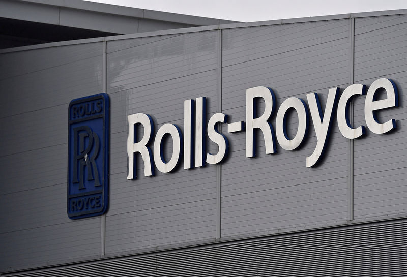 Emirates' Clark says Rolls-Royce needs to sort itself out after engine delays