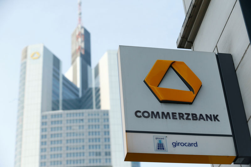 © Reuters. A Commerzbank logo is pictured before the bank's annual news conference in Frankfurt