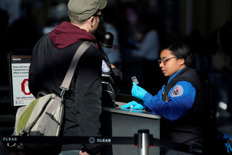 U.S. homeland security proposes face scans for citizens