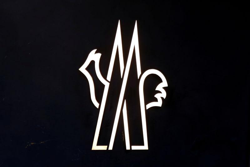 Milanspéculations Le rachat sur Moncler flambe titre à un QCxsrthd