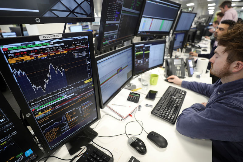 FTSE 100 rebounds; rocky trade talks batters index By Reuters