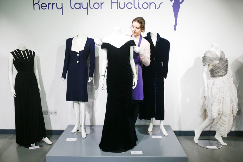 Dress Diana wore for Travolta dance sells for more than $280,000 By Re