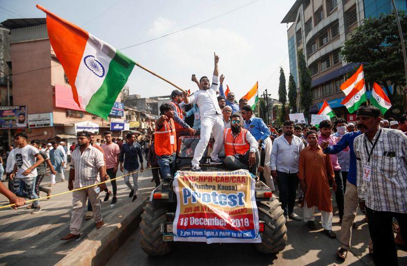 インド抗議デモ、全土に広がる 国籍付与でイスラム教徒除外