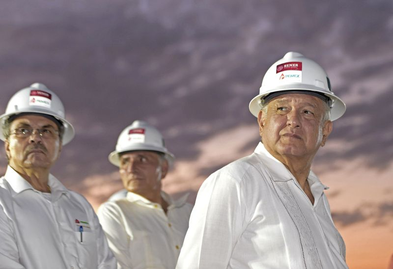With fates intertwined, Mexico and Pemex face downgrade risk in 2020 B