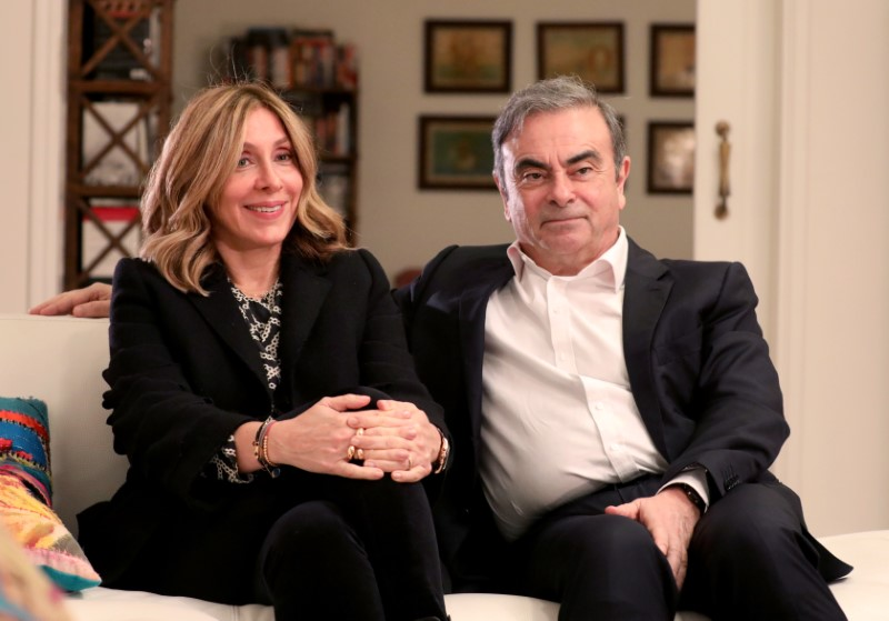 © Reuters. Former Nissan chairman Carlos Ghosn and his wife Carole Ghosn talk during an interview with Reuters in Beirut