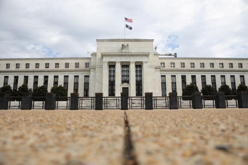 © Reuters. Imagen de archivo del edificio de la Reserva Federal en Washington DC, EEUU