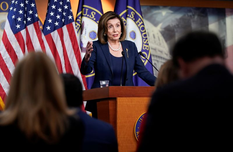 © Reuters. U.S. Speaker of the House Nancy Pelosi holds a news conference at the U.S. Capitol in Washington