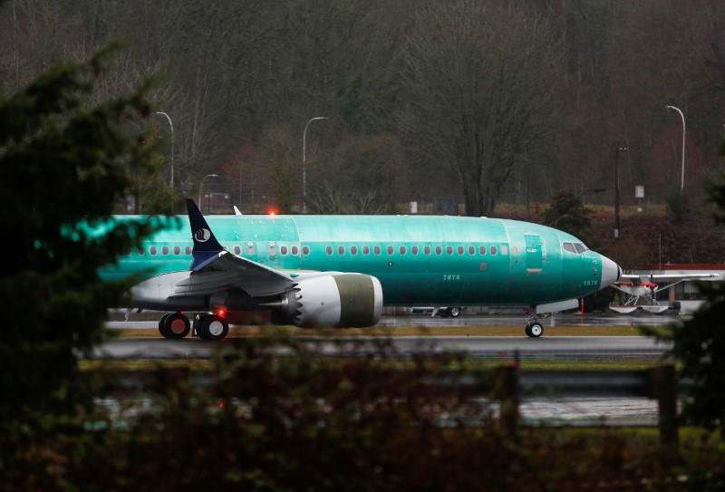 © Reuters. A Boeing 737 Max aircraft taxis the runway at the Renton Municipal Airport in Renton