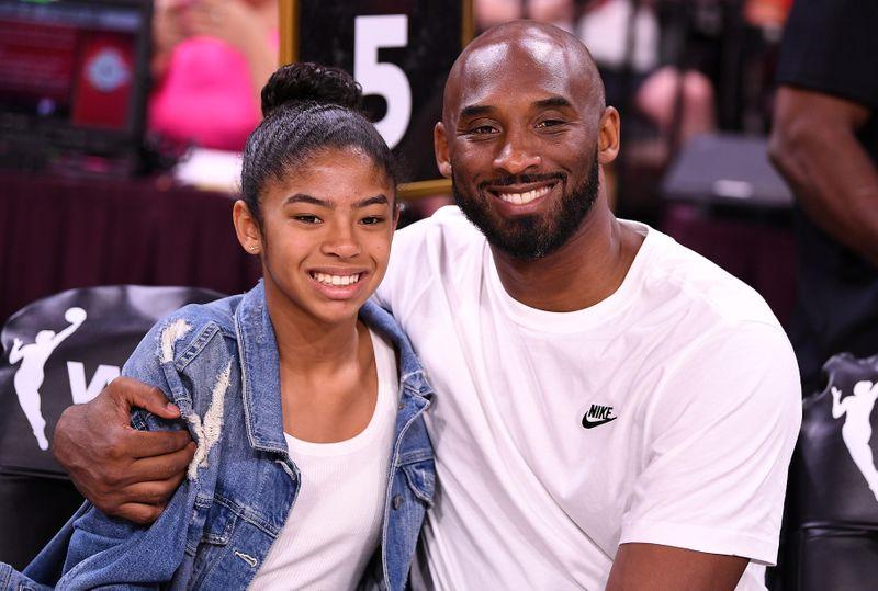 Former NBA star Kobe Bryant and his daughter among nine killed in Cali