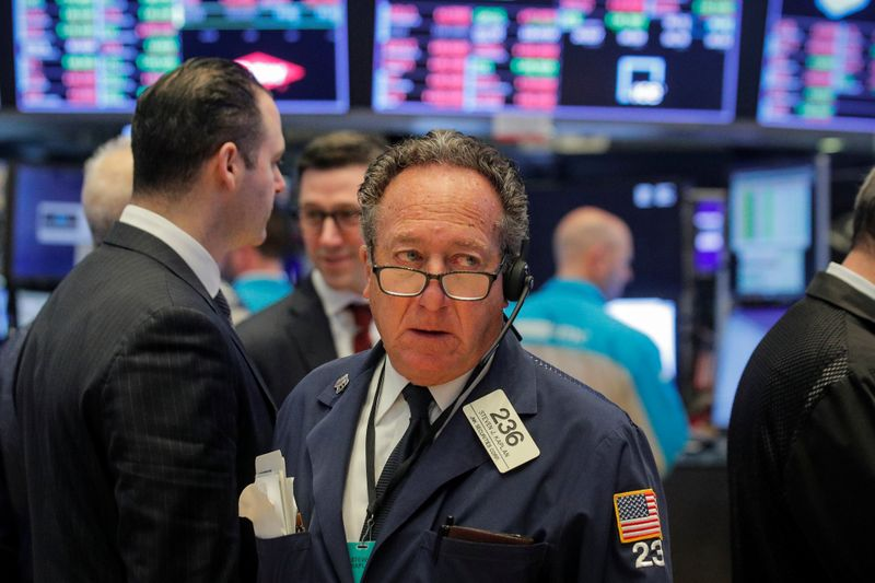 Virus outbreak, data stoke growth worry to drive stocks lower