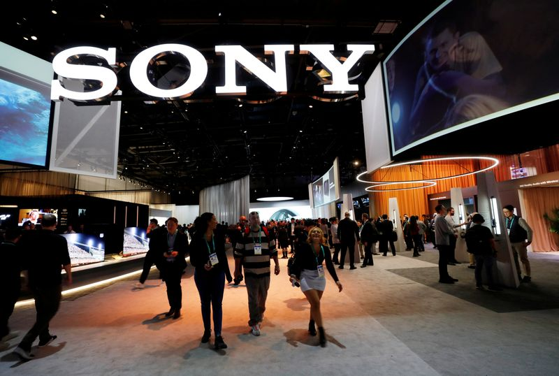 © Reuters. FILE PHOTO: A view of the Sony booth during the 2020 CES in Las Vegas
