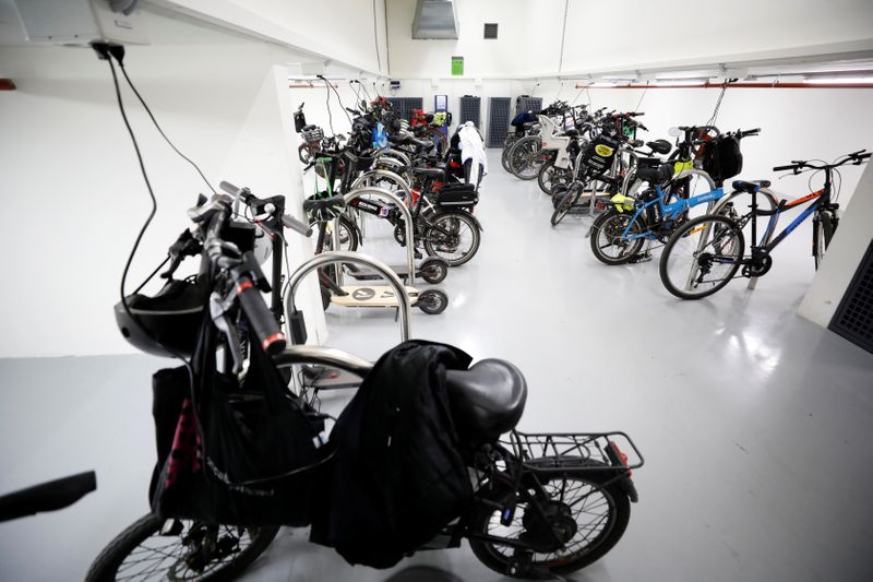 © Reuters. Some electric bicycles belonging to employees are charged as they are parked at U.S. chipmaker Intel Corp's