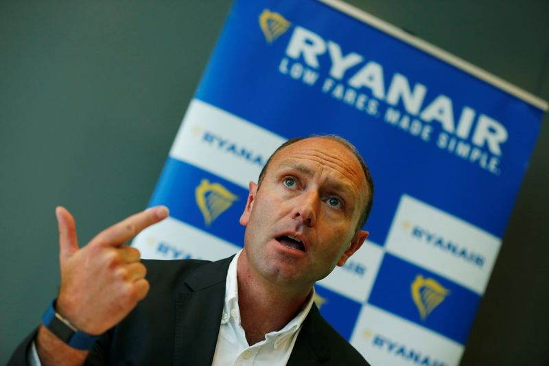 © Reuters. Jacobs, Chief Marketing Officer of Ryanair addresses the media during a news conference in Frankfurt