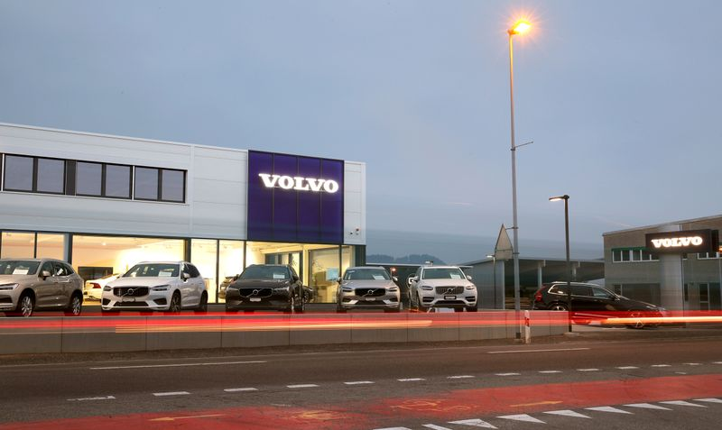 Geely to deepen ties with Volvo, plans to list under one umbrella