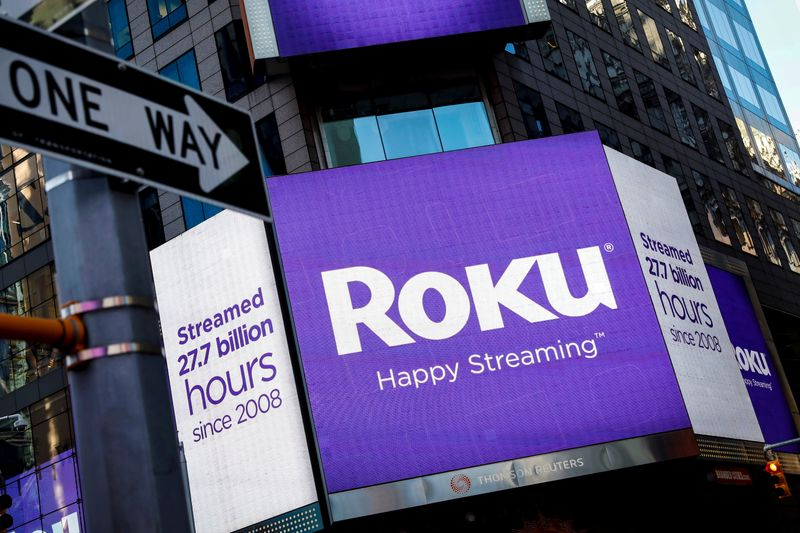 © Reuters. FILE PHOTO A video sign displays the logo for Roku Inc, a Fox-backed video streaming firm, in Times Square after the company's IPO at the Nasdaq Market in New York