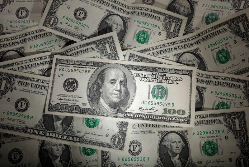 NY外為市場はユーロが対ドルで約2年ぶり安値、安全資産に資金流入