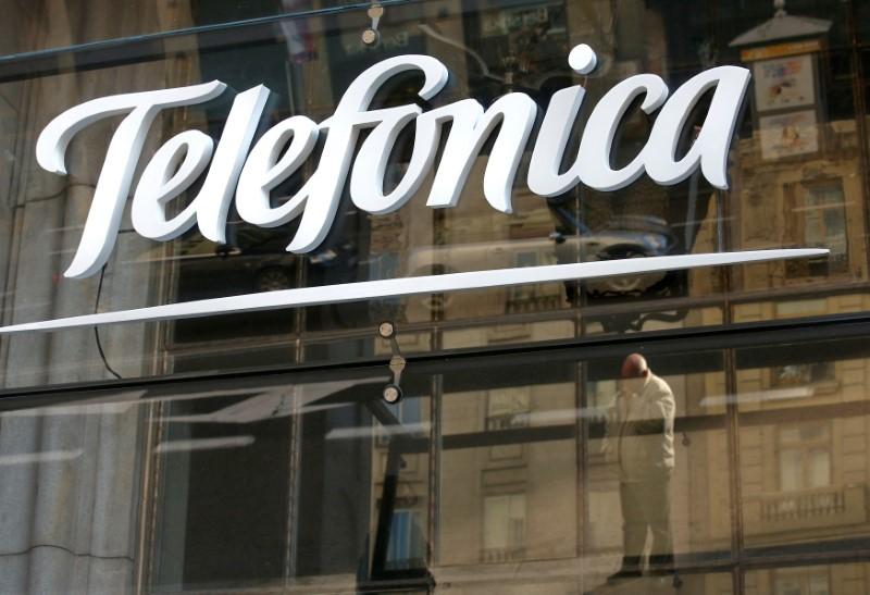 Telefônica Brasil planeja manter investimentos abaixo de R$9 bi em 2020, mira eficiência