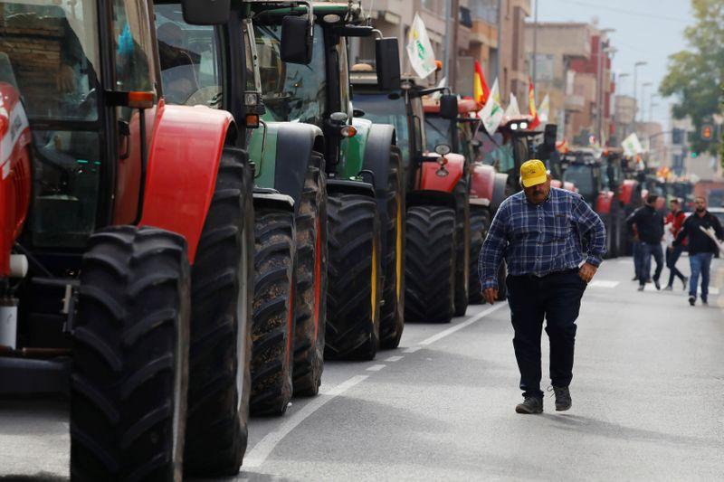Los agricultores españoles salen a la calle para clamar por el futuro del campo