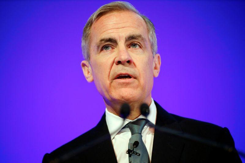 Reino Unido dispara con los dos cañones: rebaja de tipos e inyección presupuestaria
