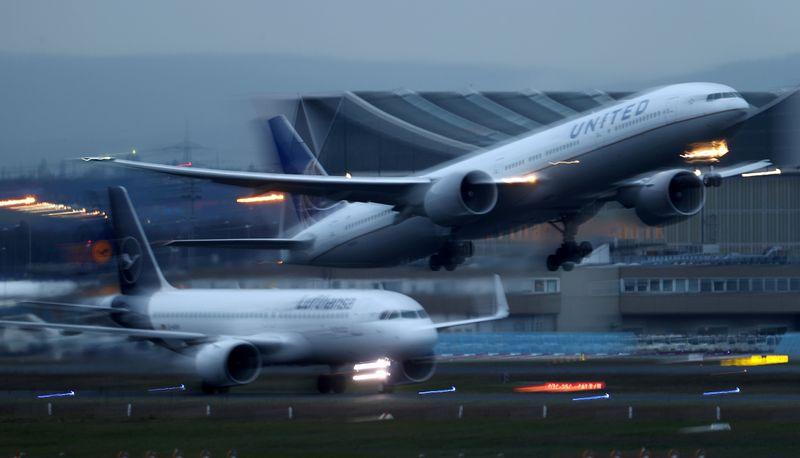 Airline crisis worsens as U.S. puts Europeans in coronavirus quarantine