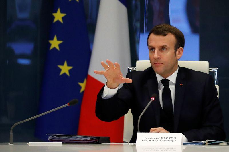 © Reuters. Выживание ЕС на кону, МАКРОН СКАЗАЛ ЕВРОПЕЙСКОМУ СОВЕТУ