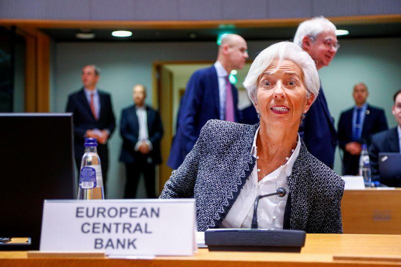Explainer: Euro zone mulls package to support economy against coronavirus