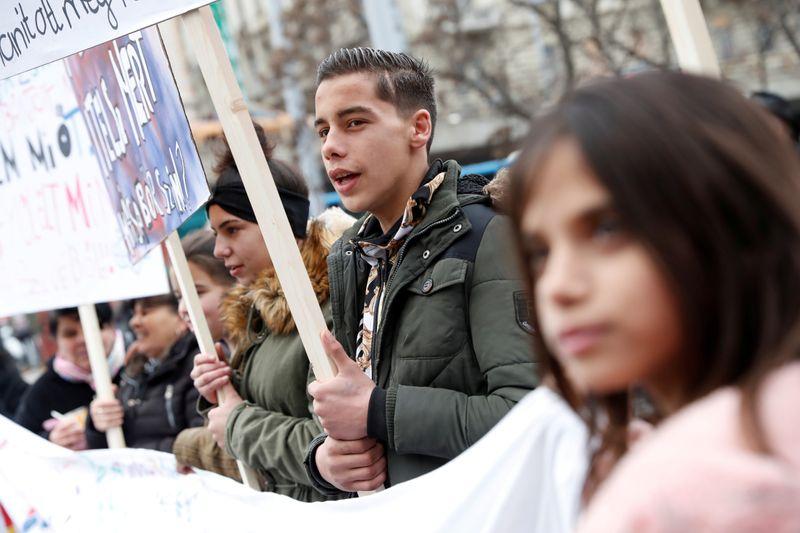 Living on margins, Hungary's Roma feel especially exposed to coronavirus