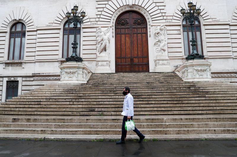 © Reuters. Spread of the coronavirus disease (COVID-19) in Rome