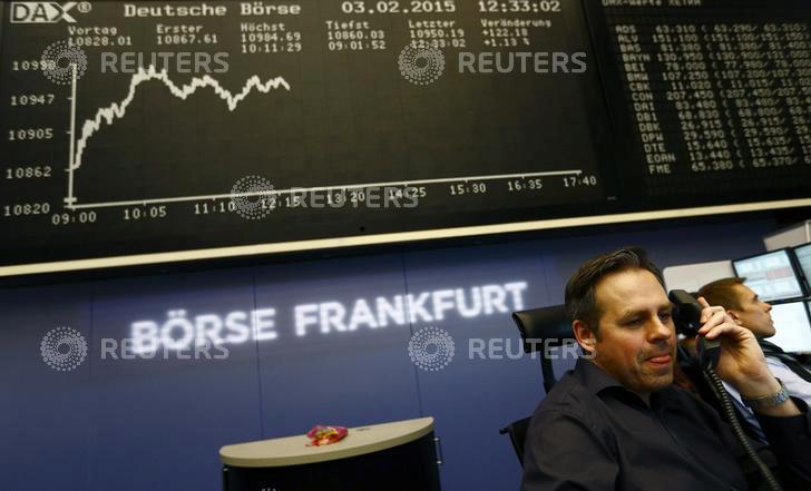 Les Bourses européennes terminent en baisse, la BCE déçoit