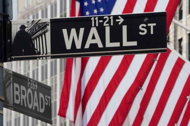 Wall Street finit sur une note mitigée, doutes sur l'accord commercial USA-Chine