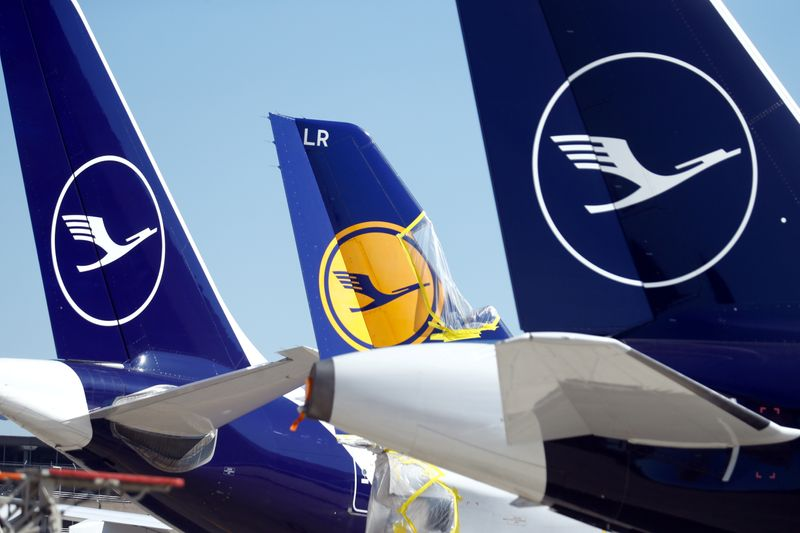 Germany stamps authority on Lufthansa with €9 billion lifeline