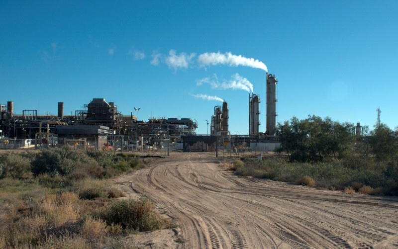 Australia pins hopes on elusive gas panacea for climate, economy woes