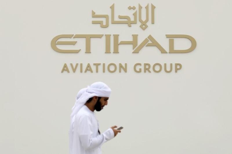 Etihad to resume transit flights after UAE lifts suspension