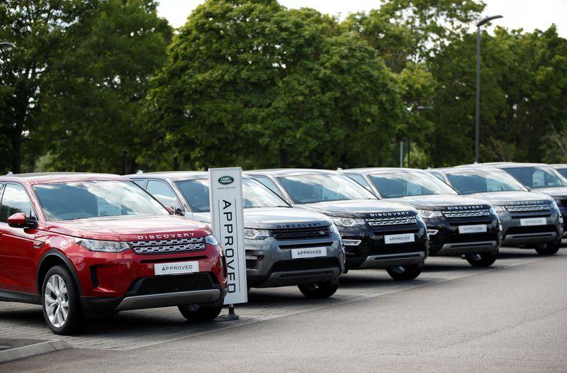 Jaguar Land Rover raises $705 million loan from Chinese banks