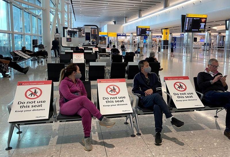 UK airports warn 20,000 jobs at risk as travel slump continues
