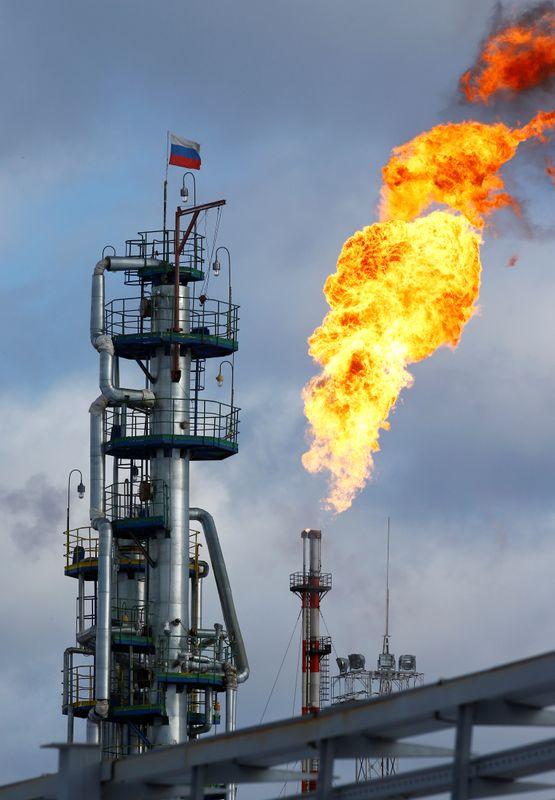 © Reuters. إنترفاكس: ارتفاع إنتاج النفط الروسي إلى 9.37 مليون ب/ي في يوليو، متجاوزا هدف أوبك+