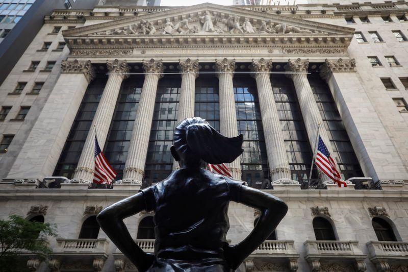© Reuters. Foto de archivo ilustrativa de la fachada de la Bolsa de Nueva York