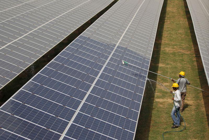 ONS projeta redução de 1,6% na carga de energia do Brasil em setembro Por  Reuters
