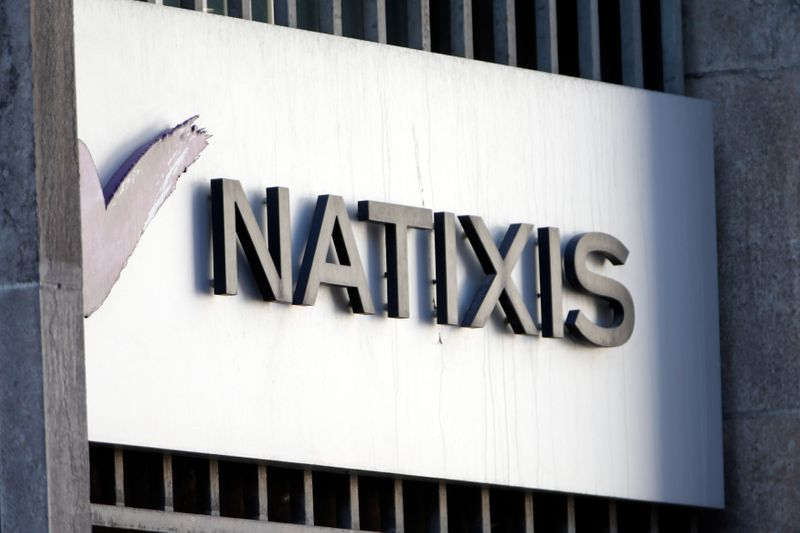 © Reuters. NATIXIS SOUTIENT LA SUSPENSION POUR 4 SEMAINES DE 8 FONDS DE H2O