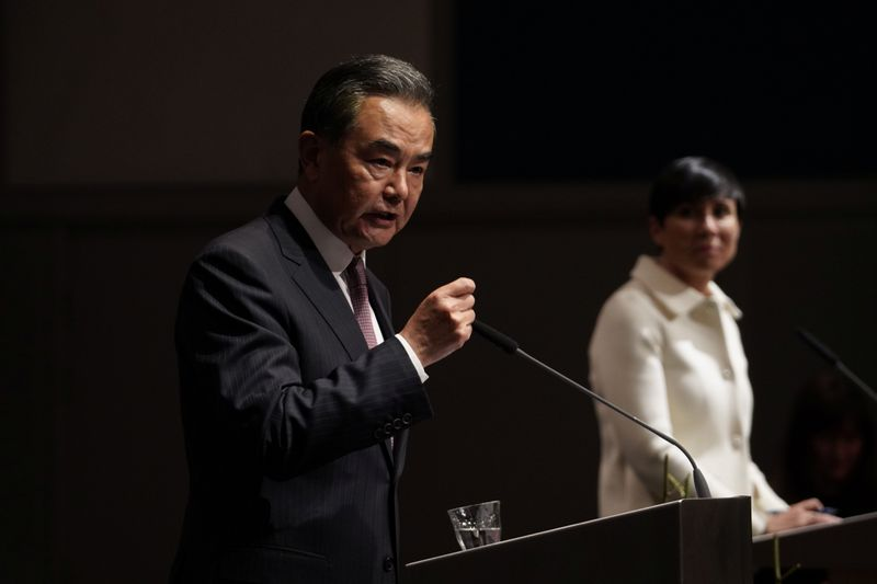 © Reuters. Chinese Foreign Minister Wang Yi visits Norway