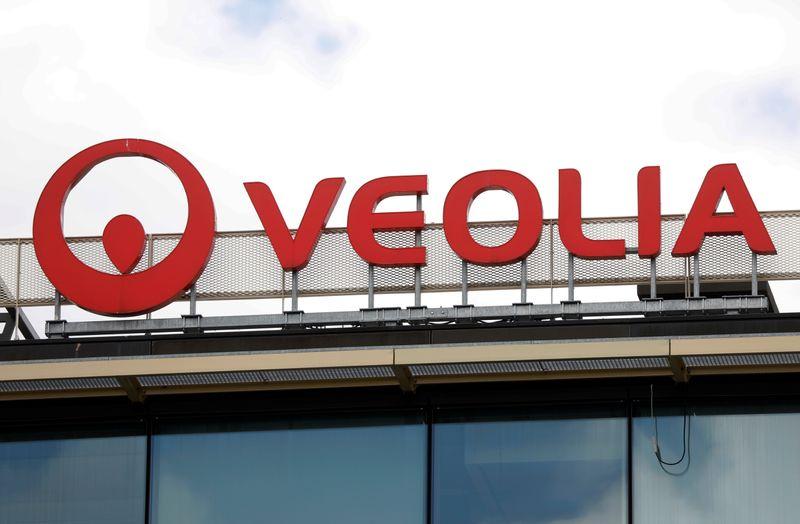 仏の水事業ベオリア、同業スエズに株式取得を提案