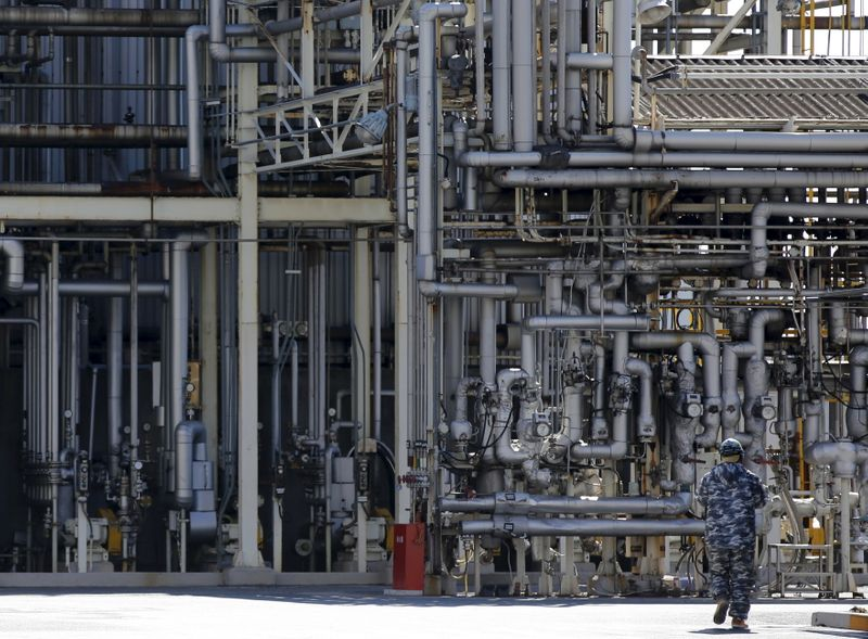 Japan real wages decline for fifth month in July as pandemic woes persist