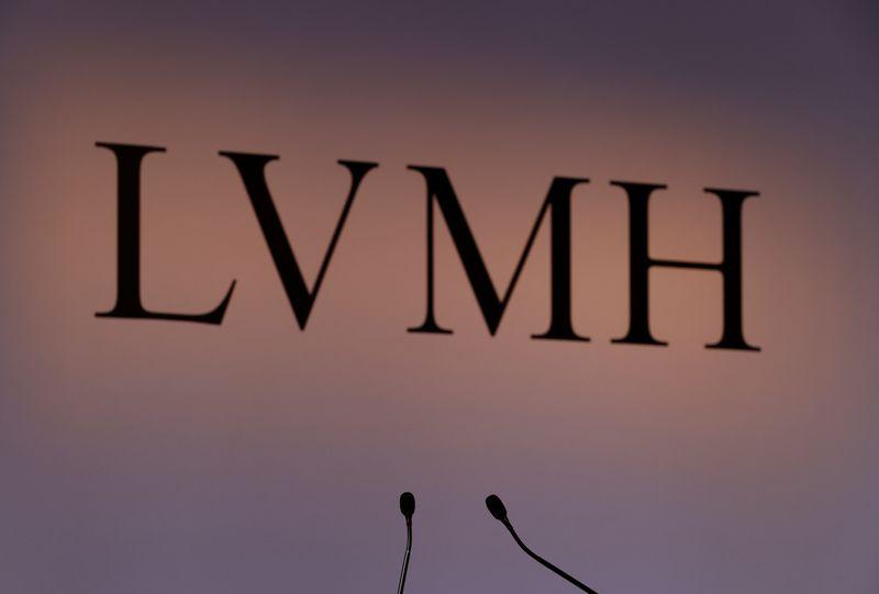 © Reuters. LVMH ÉVOQUE UN ABANDON DU PROJET D'ACQUISITION DE TIFFANY