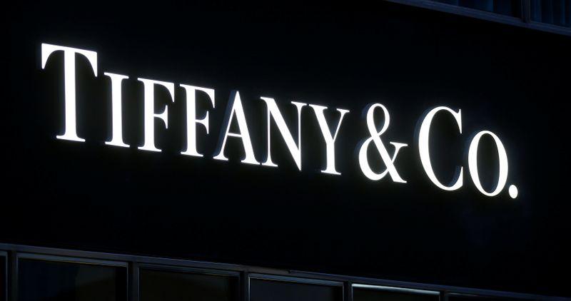 © Reuters. TIFFANY VA POURSUIVRE LVMH EN JUSTICE, RAPPORTE LE FINANCIAL TIMES