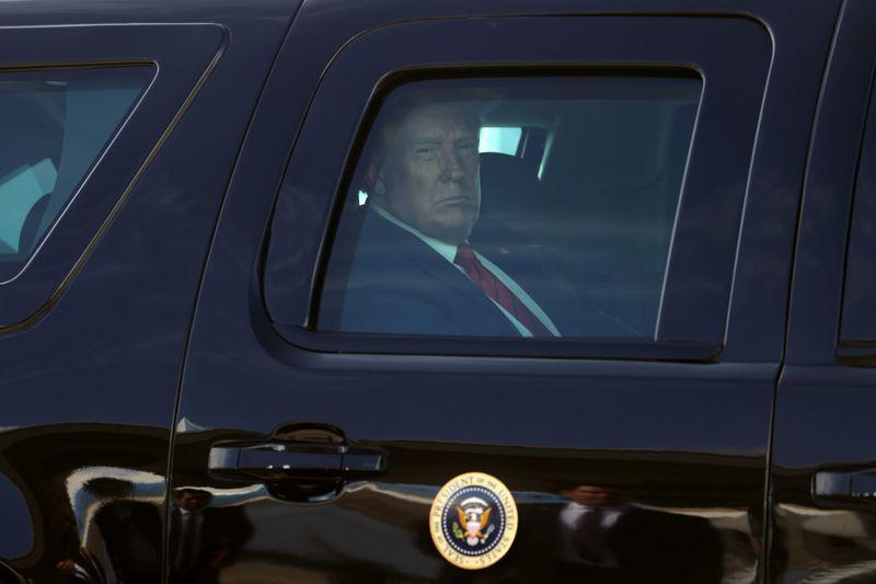 © Reuters. El presidente de los Estados Unidos, Donald Trump, deja la base conjunta Andrews hacia Nevada.