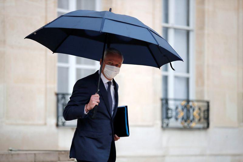 © Reuters. LA FRANCE COMPTE DÉBLOQUER 42 MILLIARDS D'EUROS DE SON PLAN DE RELANCE D'ICI FIN 2021