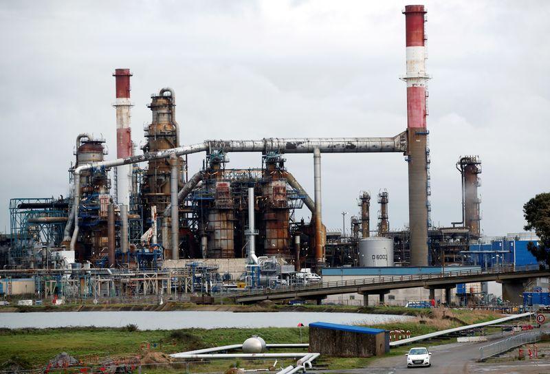 © Reuters. أسواق الطاقة تواجه تهديدا محتملا من الصراع بين أرمينيا وأذربيجان